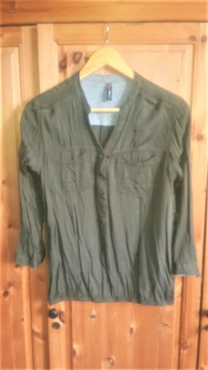 Olivgrüne Bluse mit 3/4 Arm aus Viskose NEU