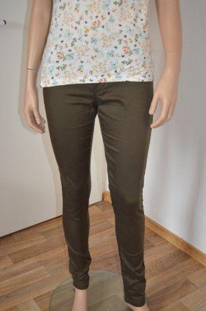 Olivgrüne Skinny Jeans