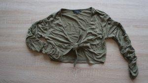 olivgrünes Bolero-Jäckchen mit gerafftem Arm