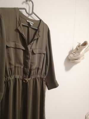Olivgrünes Kleid von H&M