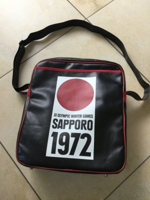 Olympia Sapporo 1972 schwarze Tasche v. logoshirt.de