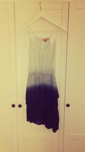 ~ombregefärbtes blaues Kleid von Missguided~