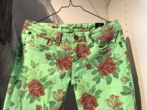 One Green Elephant Blumen-Jeans, Größe S, grün/rot