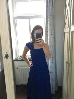 One Shoulder Abendkleid