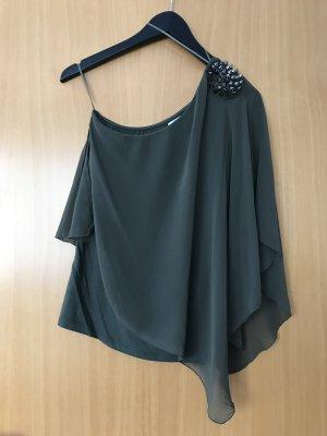One-Shoulder Bluse mit Nieten
