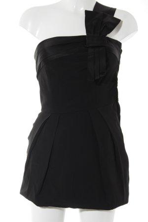 Vestido de un hombro negro elegante