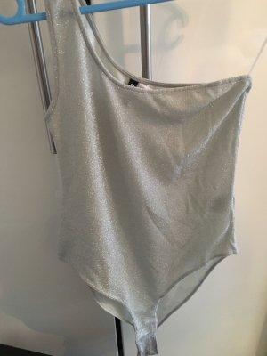 H&M Divided Blusa tipo body gris claro-color plata tejido mezclado