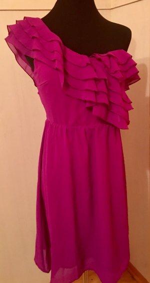 Vestido de un hombro violeta