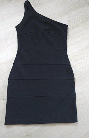 Oneschulder Kleid