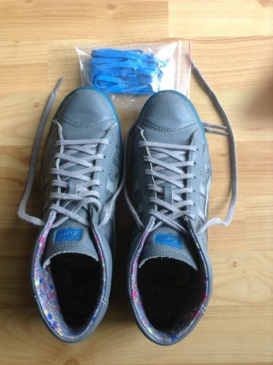 Onitsuka Tiger Sneaker Gr 39 grau / blau