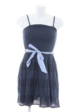 Only Vestido babydoll gris pizarra estampado floral estilo romántico