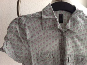 Only Bluse in Mint mit Blumen