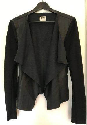 ONLY Jacke mit Wasserfall-Kragen und Fake-Leder Verarbeitung