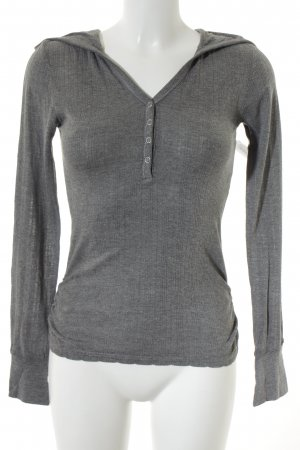 Only Blusa con capucha gris look casual
