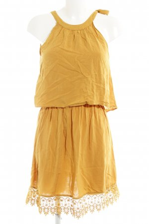 Only Halter Dress dark yellow casual look
