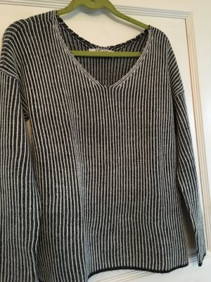 Only Pullover schwarz / weiß Streifen Gr. M