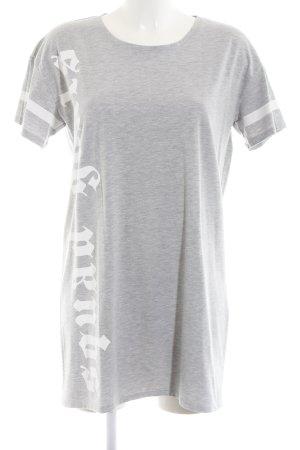 Only Vestido estilo camisa gris claro-blanco estampado temático look casual