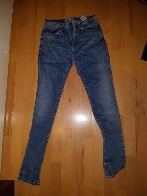 only skinny jeans mit knopfleiste ungetragen