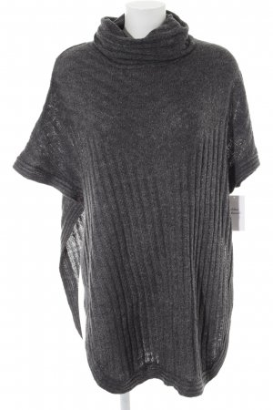 Only Camisa tejida gris oscuro look casual