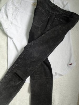 Only * Super coole skinny Jeans * schwarz oilwashed destroyed * M=36/38 W32/L32