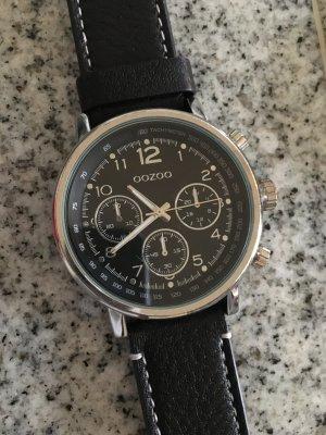 OOZOO Uhr in schwarz 4,5 cm Durchmesser