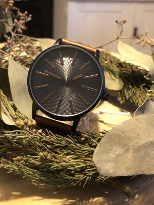 Oozoo Watch With Leather Strap black-brown