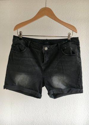 OPUS Jeansshorts Strech used look schwarzgrau