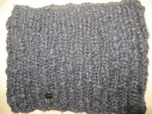 Opus Loop Schal Ailina Loop schwarz silber Grobstrick