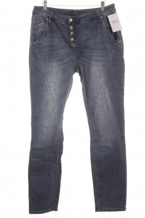 Opus Slim Jeans dunkelblau Street-Fashion-Look