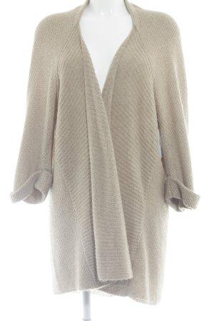 Opus Strickjacke beige Street-Fashion-Look