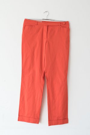 orange-farbene Hose