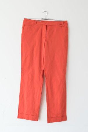 orange-farbene Hose
