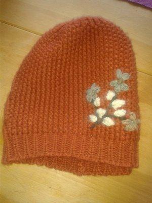 orange-farbene Mütze von C&A