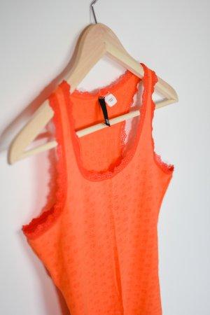 Orange-rotes Tanktop