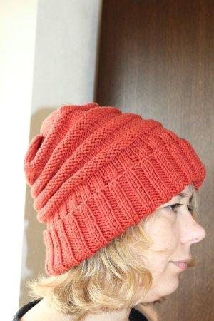 Orange Wollmütze aus reiner Merino Schurwolle