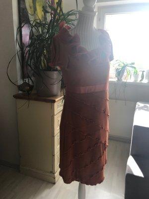Orangefarbenes Kleid von Rinascimento