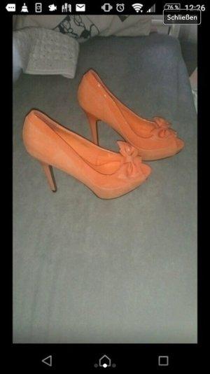 Orangene peeptoes neu