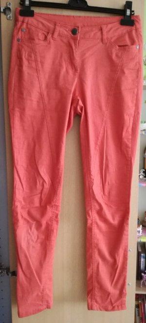 Orangene Takko Jeans!