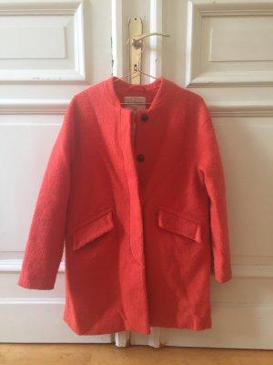 Orangener Mantel von P&B