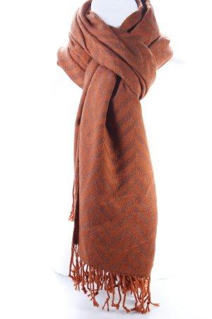 Orangener Schal mit Fransen
