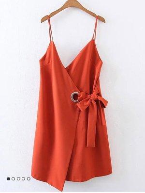 Orangenes Wrap Sommerkleid