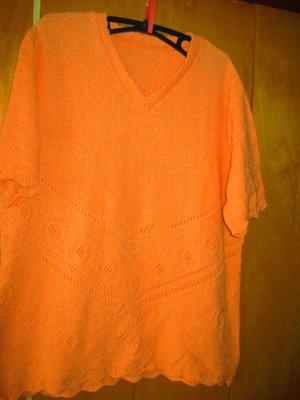 oranger Kurzarm-Pulli