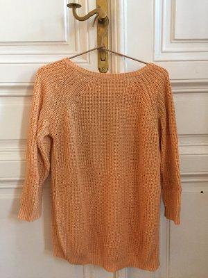 Oranger Luftiger Pullover mit Schlitz hinten