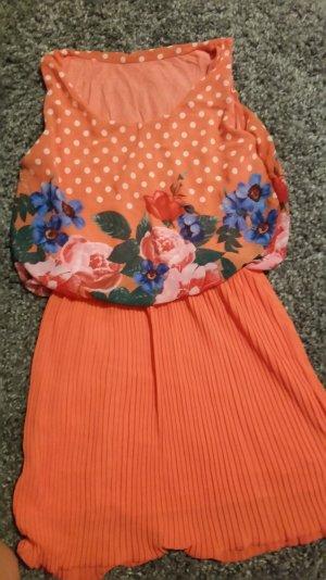 Oranges Sommerkleid zu verkaufen