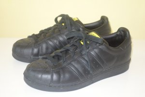 Org. ADIDAS x Pharell Williams Superstar Supershell Matter Energy Sneaker schwarz Gr.40