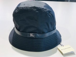 Burberry Bucket Hat black
