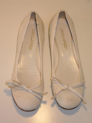 Org. DSQUARED Ballerinas in creme Gr.38