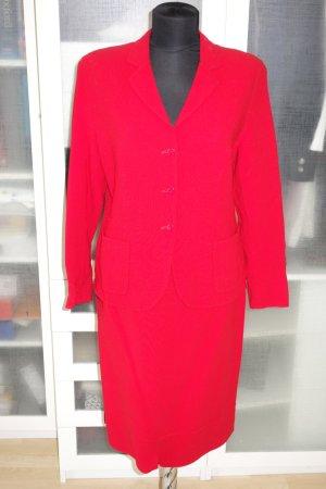 Org. ESCADA Kostüm in rot Gr.40