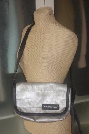Org. FREITAG F41 Hawaii Five-O Messenger bag/Umhängetasche in silber