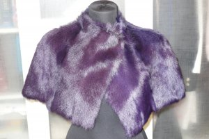 Laurèl Cape dark violet fur